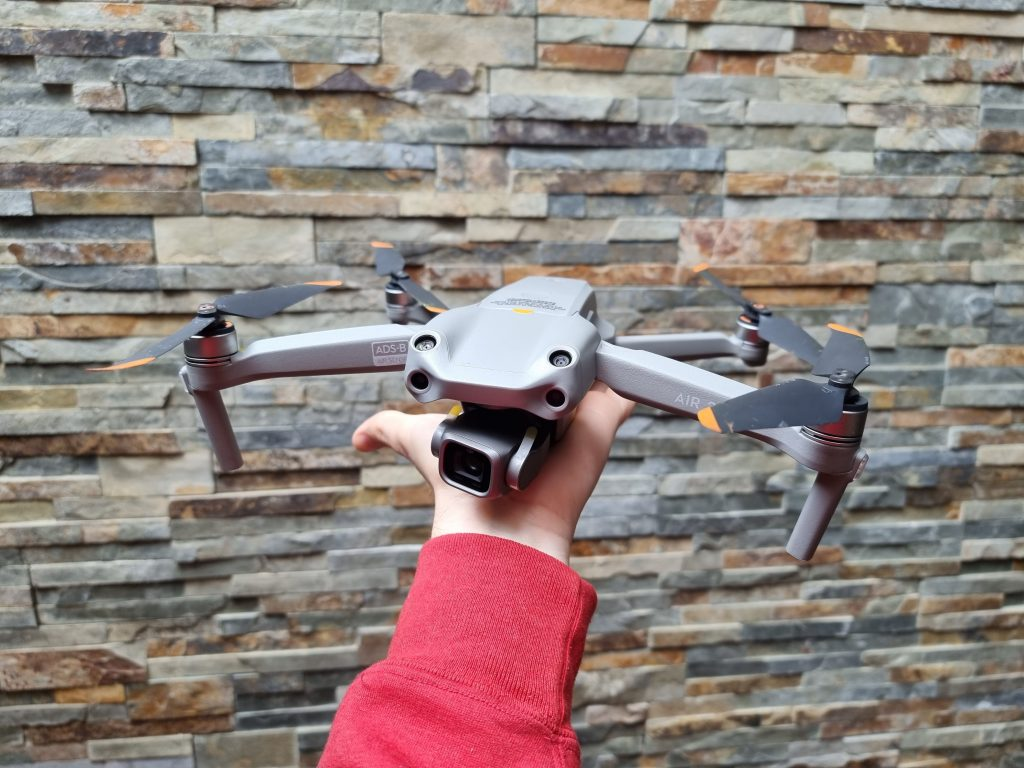 DJI Air 2S desplegado